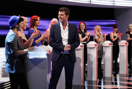 Pelle hvenegaard klar til igen at lege kirsten tekniv i tv 2s