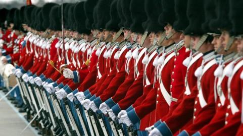 Gardere til parade