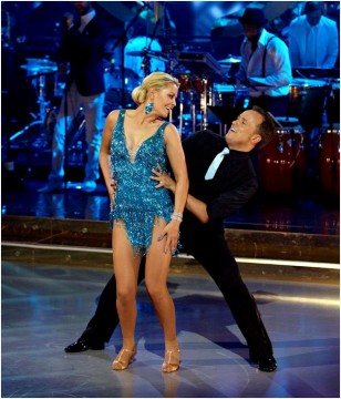 Monica christiansens frække blå jive kjole fra program 3