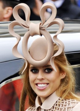 File photo of Princess Beatrice arriving at Westminster Abbey, Kate Middleton, Prins William, Prinsesse Beatrice